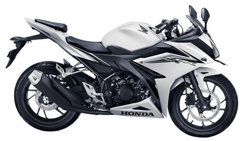 Honda CBR150R 2016 Revolution White
