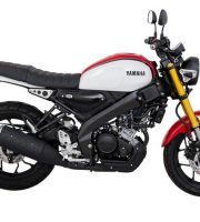 Yamaha XSR 155 red and white